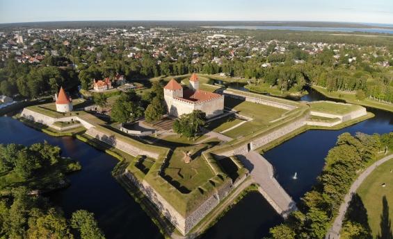 Top 10 Saaremaa vaatamisväärsust